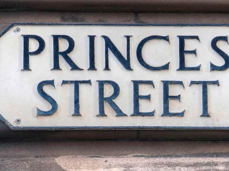 Recorrer los Jardines de Princes Street