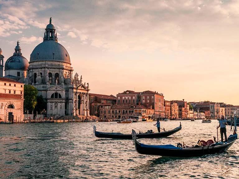 Mejores atracciones turísticas en Venecia: otros sitios turísticos